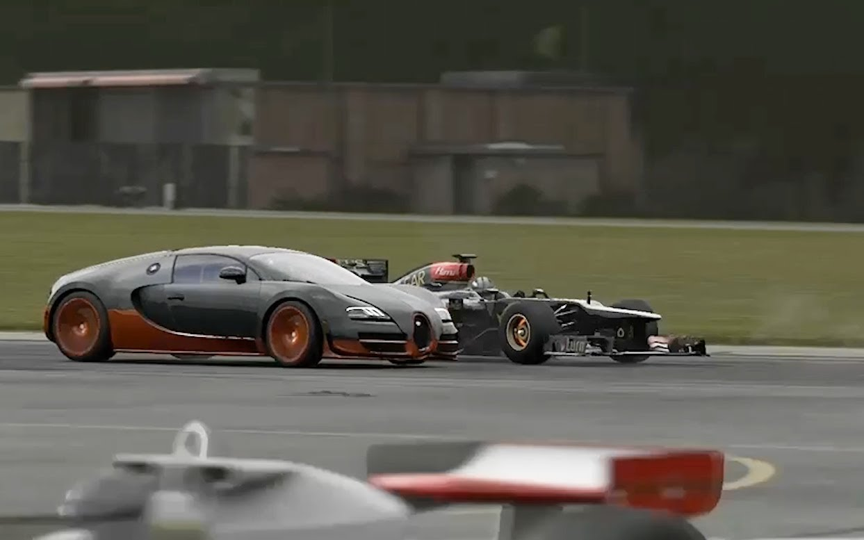 Formula 1 Car vs Bugatti Veyron Super Sport
