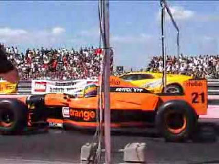 This Guy Brings His Formula 1 Car To A Drag Race