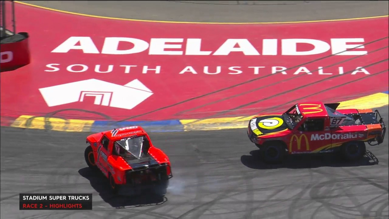 2017 Clipsal 500 Adelaide Stadium Super Trucks Race #2 Highlights
