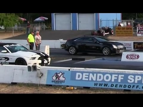 Hannessy CTS-V Cadillac vs Shelby GT500 and Mustang GT-1/4mile drag race