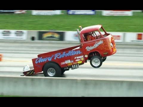 WHEELIE Drag Racing – Full 1/4 mile on two wheels!