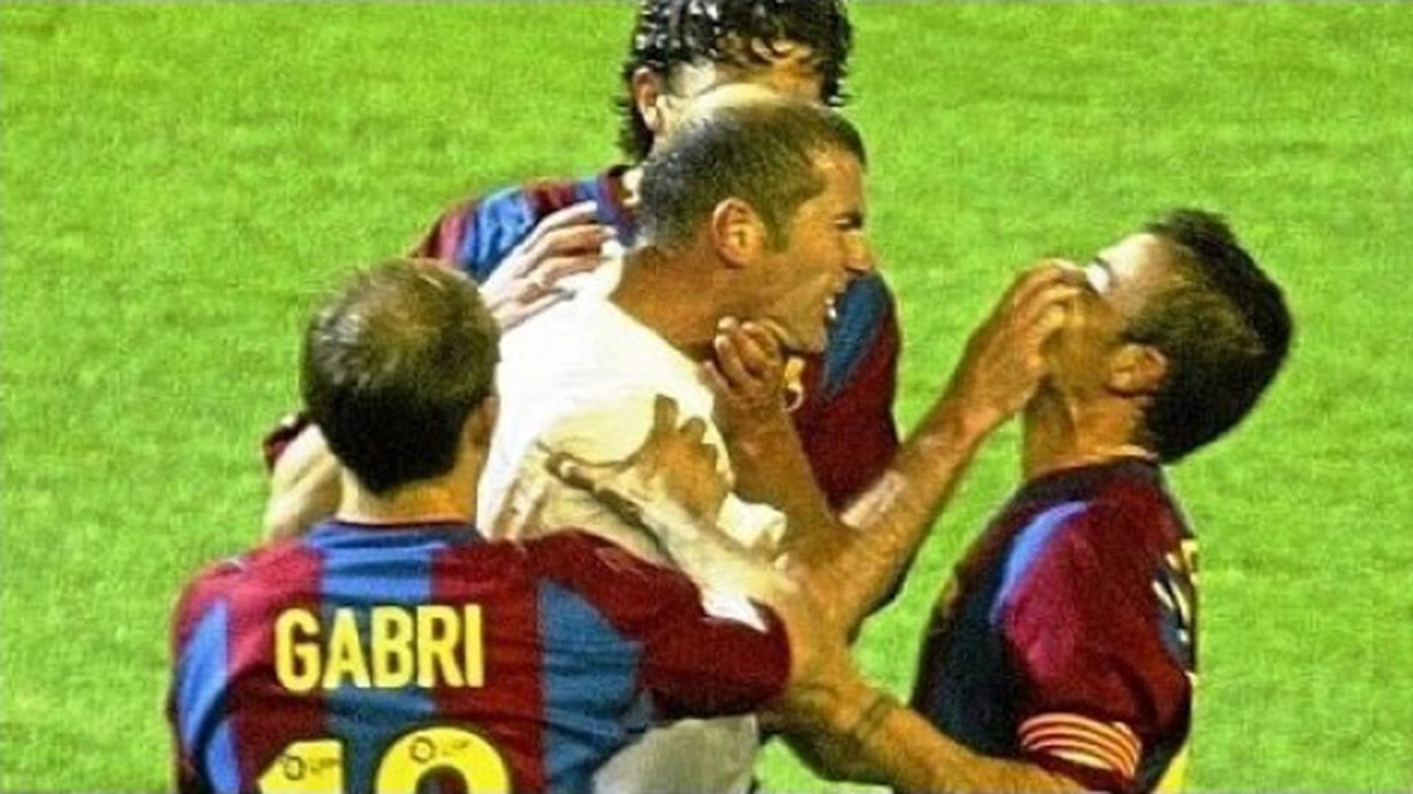 Real Madrid vs Barcelona ○ Fights, Fouls, Dives & Red Cards ...