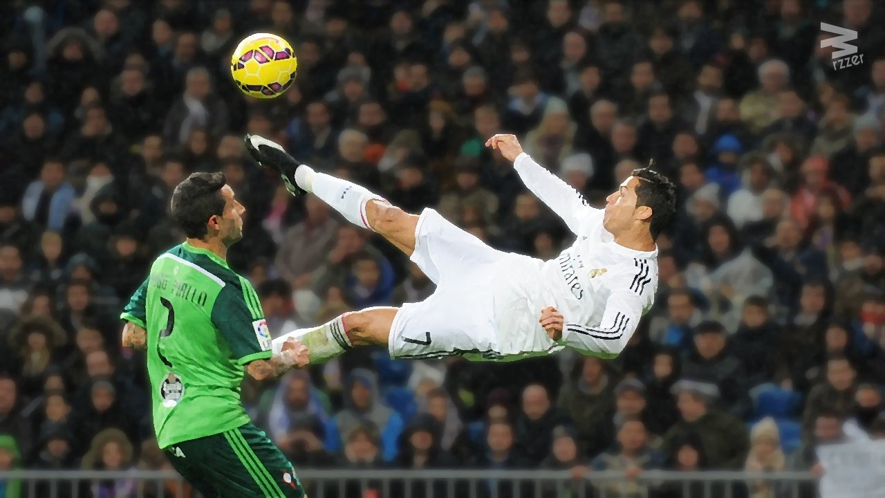 Cristiano Ronaldo: InCRedible Bicycle Kicks Show