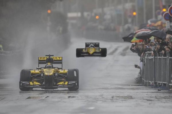 Nico Hulkenberg & Alain Prost Hit Road In Rainy Nice