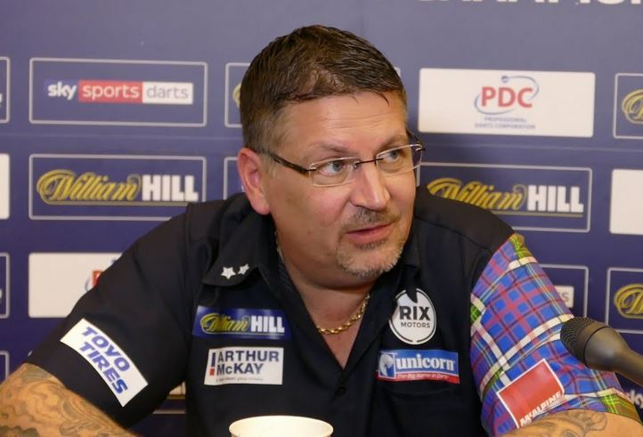 "Gary Anderson Is Furious: ""What a Stupid F*cking Question"""