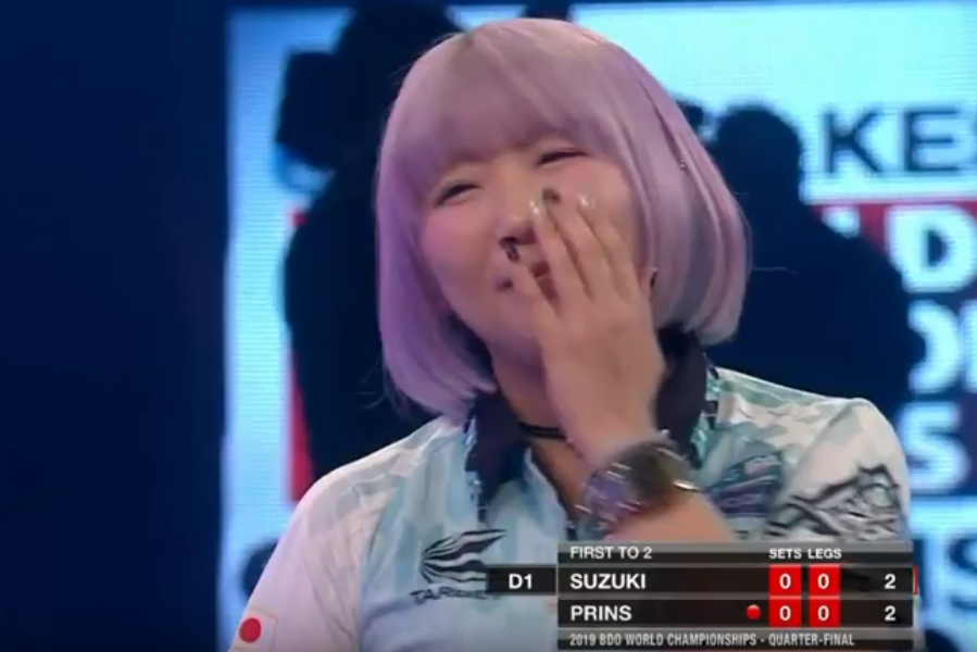 Mikuru Suzuki And Sharon Prins Play Worst Leg Ever at Lakeside