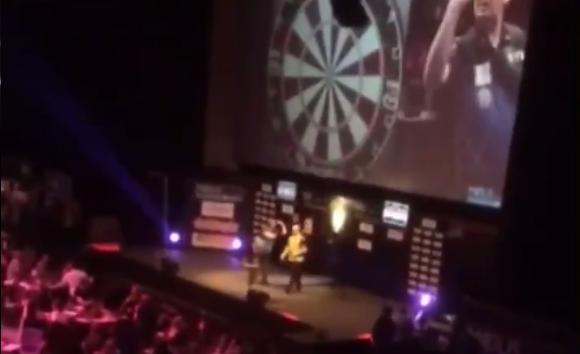 Watch Glen Durrant Beating Michael van Gerwen in Cheltenham Final