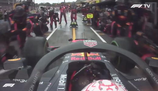 Red Bull Set A New World Record With 1.88 Seconds Pit Stop