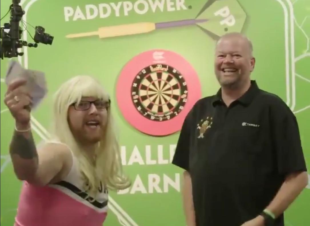 Watch How This 'Guy' Actually Did Beat Raymond van Barneveld