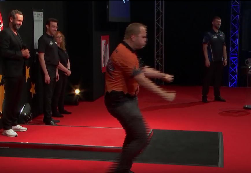 Dirk van Duijvenbode Showed One Of His Best Walk-On's Ever