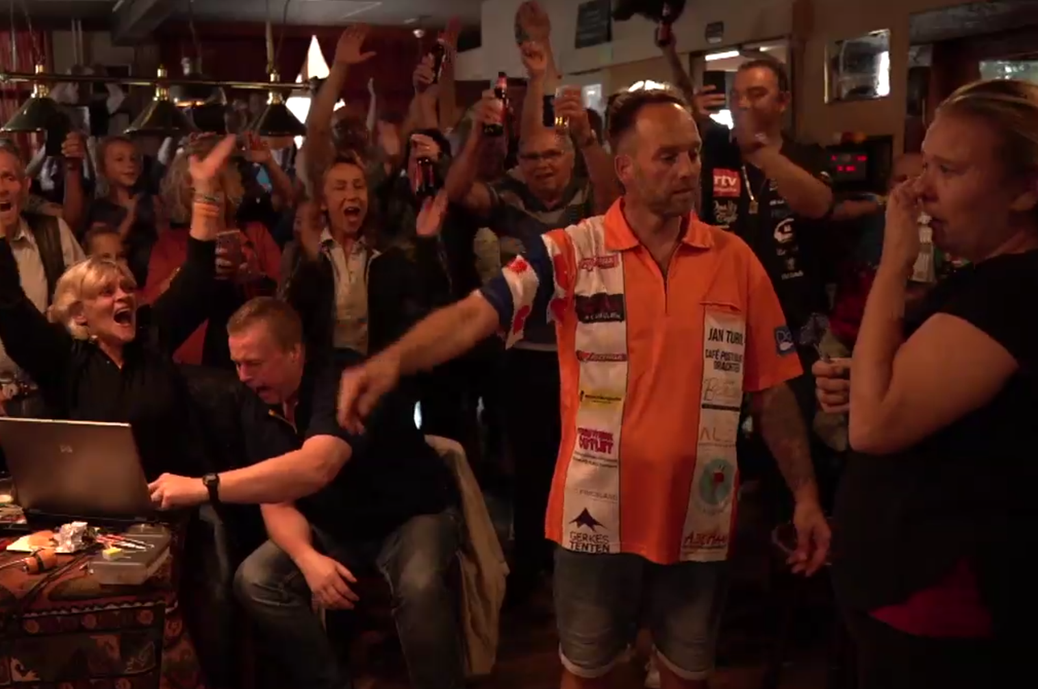 Dutchman Set New World Record Playing Darts For 72 Hours