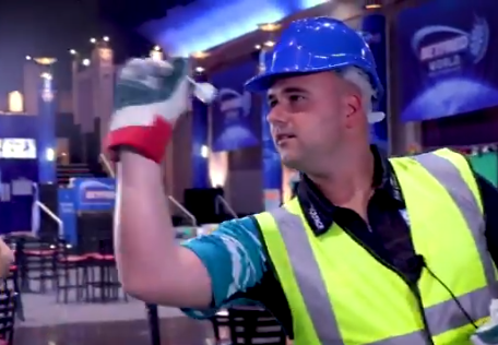 Rob Cross Trying To Beat 'Heavy Duty Glove Record' of 345 Points