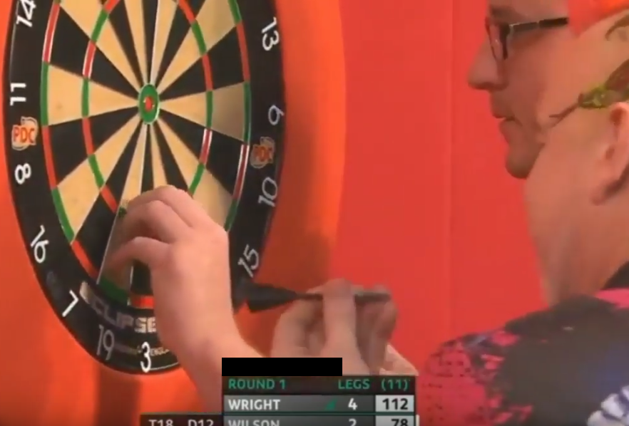 VIDEO: Peter Wright Saw His Point Break And Get Stuck In Dartboard