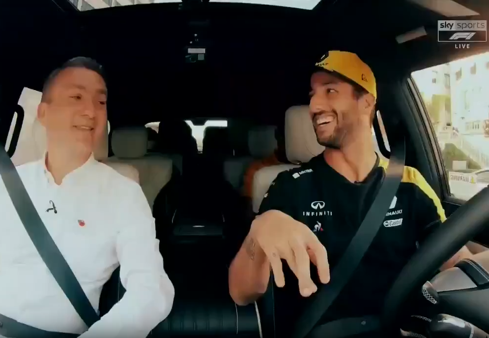 Daniel Ricciardo's Reaction On Lewis Hamilton & Christina Aguilera Song