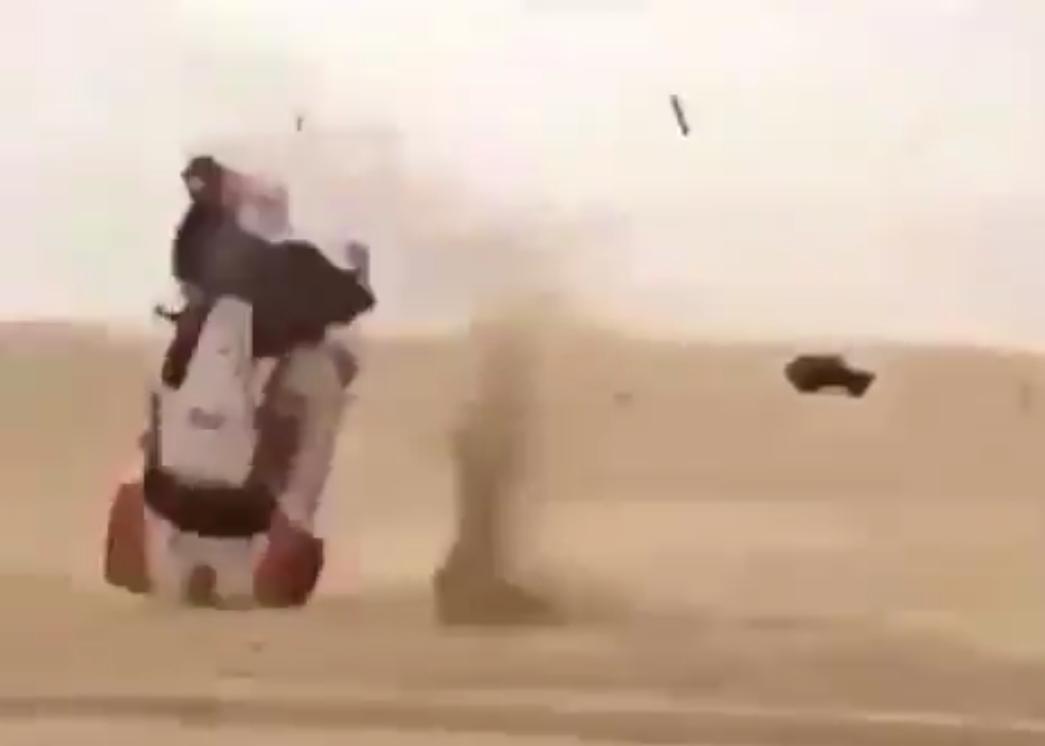 Carlos Sainz Senior's Teammate Had Massive Crash In Sharqijah Baja