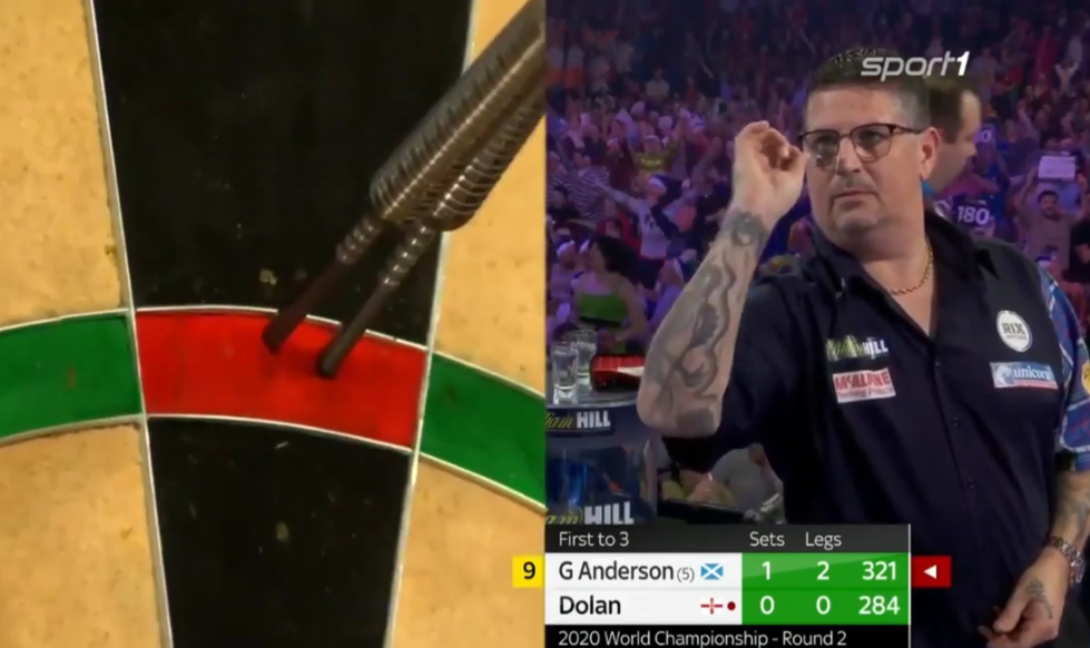 Gary Anderson Hits 'Reversed' Perfect 9 Darts At World Championship 2019