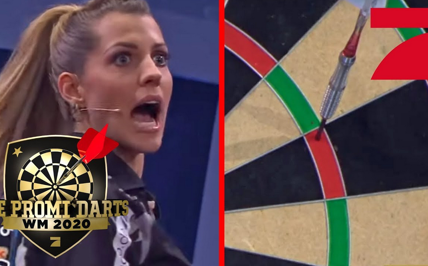 VIDEO: Sarah Harrison Wins Match On Stage With Lucky Shot