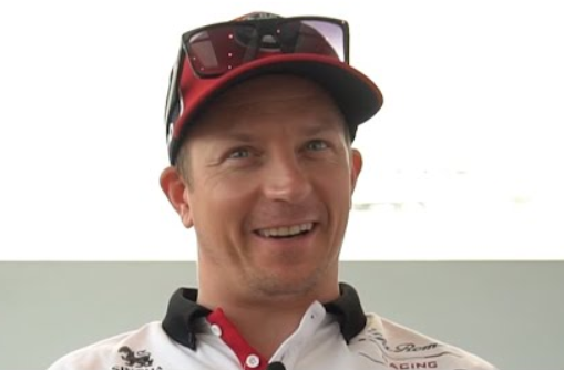 Kimi Raikkonen Making Fun of Lewis Hamilton On Social Media