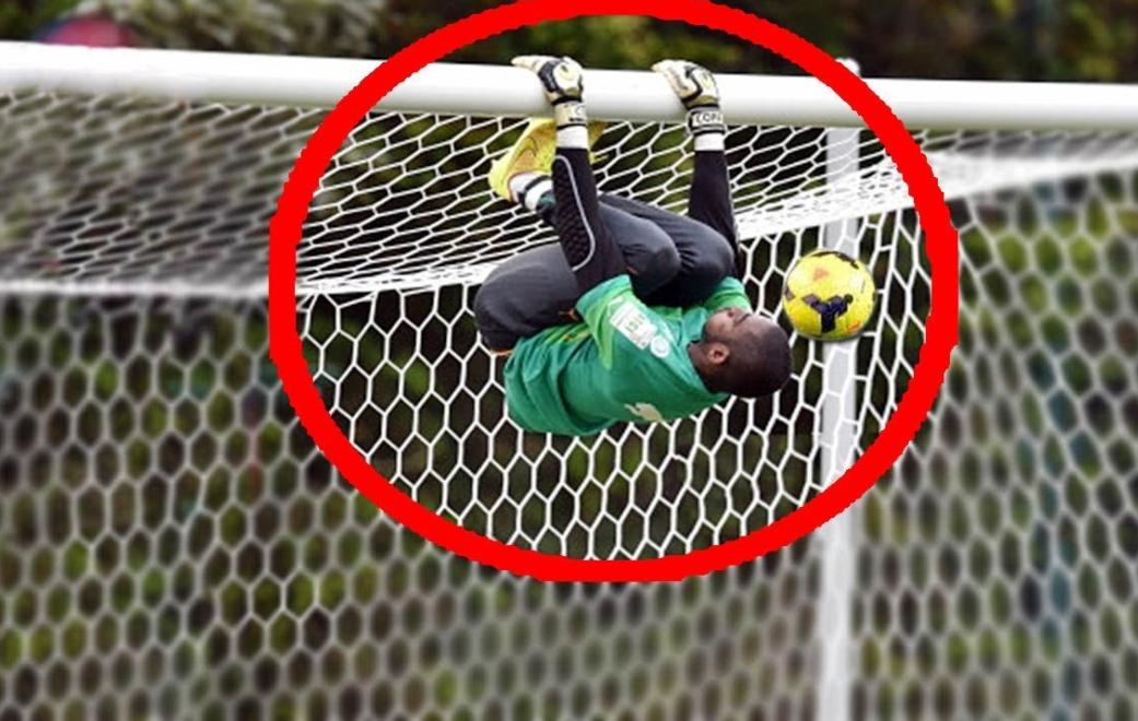 Top 10 Acrobatic Goalkeepers Saves
