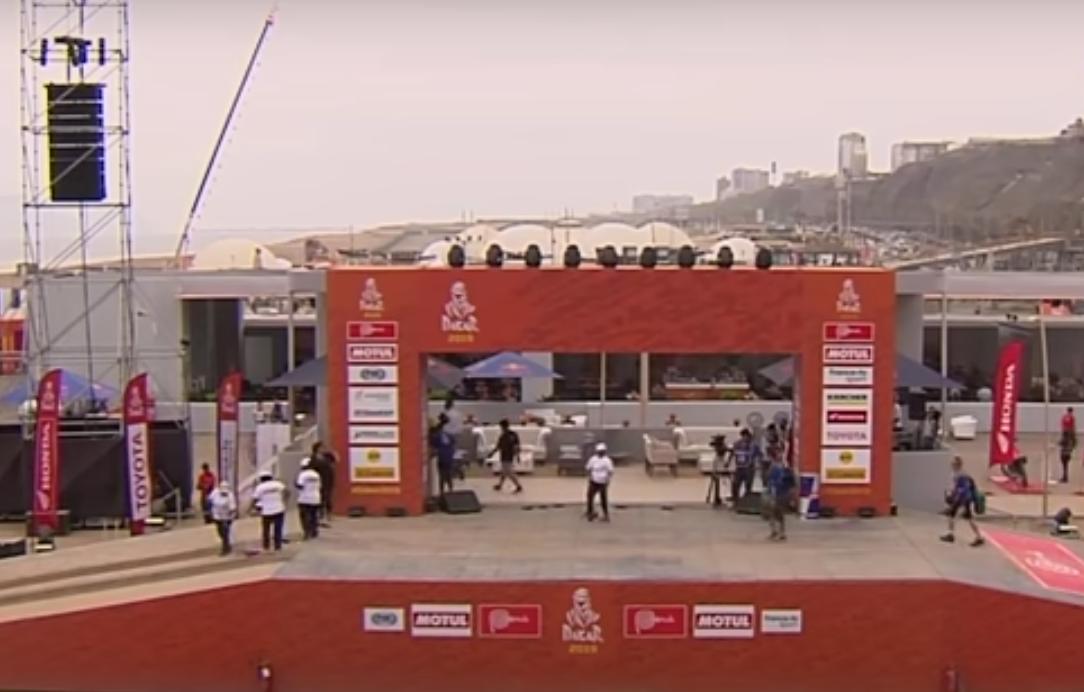 Footage of Dakar 2021 Start Podium