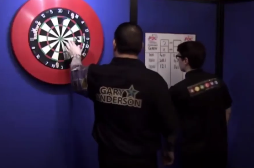 VIDEO: Gary Anderson Wins A Leg With 541 Points After Marker Incident