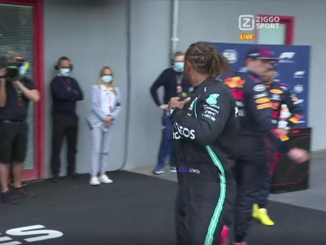 VIDEO: Moment Between Verstappen And Hamilton After Qualifying 😅