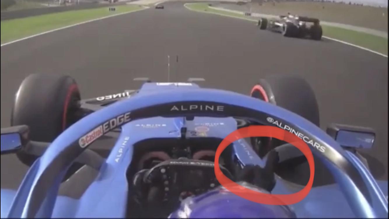 VIDEO: Fernando Alonso Gives Valtteri Bottas The Middle Finger In Turkey